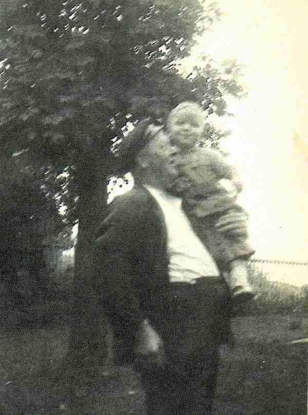 Los Gtesen med Erik Rosslund cirka 1939